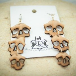 Ohrringe Skull-Trio Schädel-Trio beige naturfarben Hängeohrringe