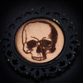 Button Totenschädel Skull Schädel Anstecknadel