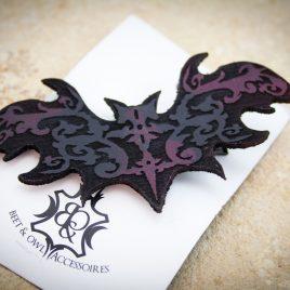 Haarspange Fledermaus Haarclip Ornament schwarz rot links