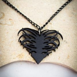 Halskette Kette Rippenherz Rippe Rips Heart Herz schwarz