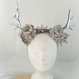 Kopfputz Headdress Hörner Horns Elfe Cosplay Geweih silber weiß Eiskönigin