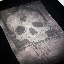 Beutel oder Turnbeutel Skull Headshot Schädel Kopfschuss Lavendeldruck auf Bleichgrund