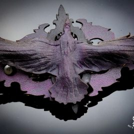französische Haarspange Rabe auf Ornament lila schwarz
