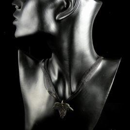 Halskette Kette Collier Efeublatt Satinband schwarz golden Ivory edel Echtleder