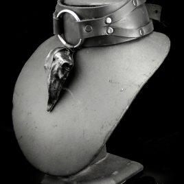 Birdskull Necklace Halsband breites Lederband mit Ring und Lederschädel Nr. 2