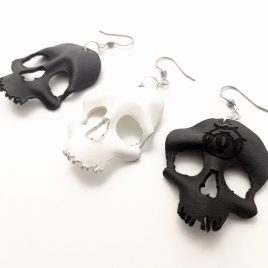 Skullohrring einzeln Ohrhaken Ohrring Schädel schwarz Ornament