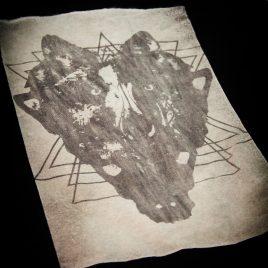 Beutel oder Turnbeutel Wolfskopf mystic Wolf Lavendeldruck auf Bleichgrund