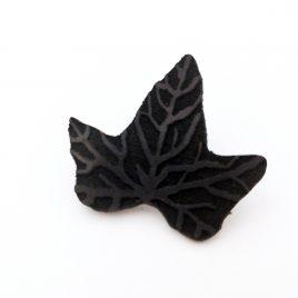 Brosche Efeublatt Blatt Pflanze Anstecknadel schwarz Efeu Ivory