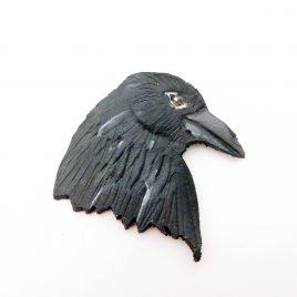Brosche großer Rabenkopf punziert Krähe Vogel Anstecknadel Raven Crow