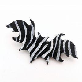Haarspange Haarclip Zebra Fledermaus Bat Nachtschwärmer Zebrafledermaus schwarz weiß gestreift Echtleder