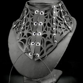 Halskorsett Korsett Halsband Halsschmuck Kette Spinnenwebe Spiderweb Spinnennetz Echtleder 2 Varianten