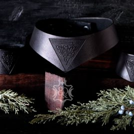 gothic Leder Halsband Myths & Moths
